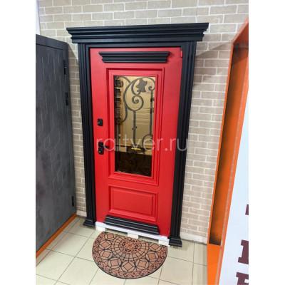 Красная уличная входная дверь Прадо с багетами из металла и стеклопакетом